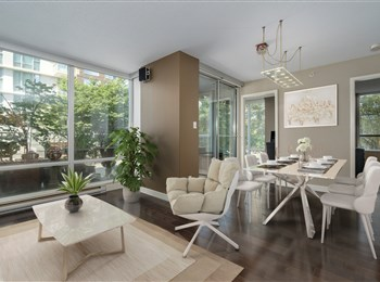1 Bedroom with Den, Solarium and Huge Terrace in Vancouver's Yaletown